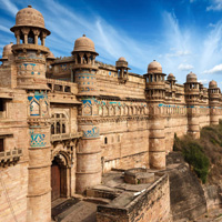 Архитектура Северной Индиии и Декана XIII–XVIII вв.