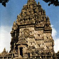 Индуистский чанди Лоро Джонггранг. Вторая половина IX века