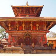 Непал, Бхактапур. Храм Нарайяна VII в. Реставрирован