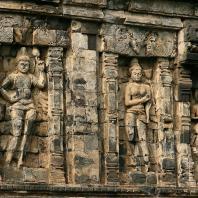 Центральная Ява. Чанди Сари, IX в. Фото: Patrick Chabert