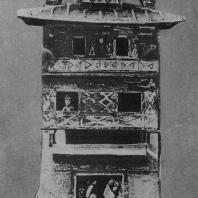 Рис. 4. Глиняная модель дома. Эпоха Хань