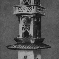 Рис. 5. Глиняная модель трехэтажной военной башни. Эпоха Хань
