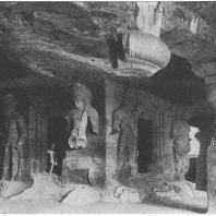 46. Элефанта. Вход в главное святилище. Шивы (VI — VIII вв. н. э.)