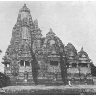 56. Кхаджурахо. 2-й храм Кандарья-Махадева (X — XI вв. н. э.)