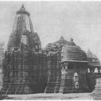 57. Кхаджурахо. Храм Вишванатх (X — XI вв. н. э.)