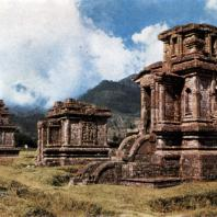 Чанди плато Дьенг. VIII-IX вв. Центральная Ява