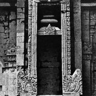 Арочный декор кала-макара. Чанди Пунтадевы