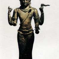 Шива Махадева. Бронза. Выс. 96 см. IX-X вв. Центральная Ява. Джакарта. Национальный музей