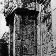 Портал. Чанди Прингапус. VIII-IX вв. Гора Сендара, Центральная Ява