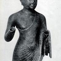 Стоящий Будда. Бронза. Выс. 75 см. II-V вв. Западный Сулавеси. Джакарта. Национальный музей