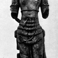 Вишну. Чанди Банон. Камень. Выс. 206 см. IX в. Джакарта. Национальный музей