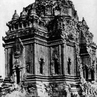Чанди Каласан. VIII-IX вв. Долина Прамбанан. Центральная Ява