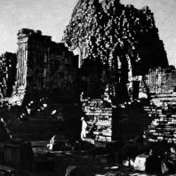 Главный чанди комплекса Севу. IX в. Долина Прамбанан. Центральная Ява