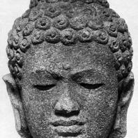 Голова будды. Чанди Плаосан. Камень. Выс. 43 см. IX в. Долина Прамбанан. Центральная Ява. Джакарта. Национальный музей