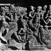 Лоро Джонггранг. Женщина, танцующая с мечом. Рельеф чанди Шивы