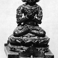 Сидящий Брахма из Нганджука. Бронза. Выс. 10,5 см. X-XI вв. Восточная Ява. Джакарта. Национальный музей (увеличено)