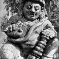 Ракшаса. Чанди Сингосари. Камень. XIII в.