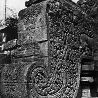 Волюта лестницы чанди Джаго. XIII в.
