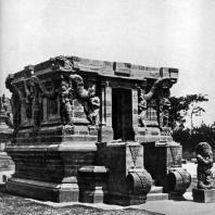 Чанди Нагов. Комплекс Панатаран. XIII-XIV вв.