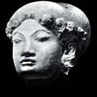 Женская головка. Терракота. XIV в. Восточная Ява. Травулан. Музей