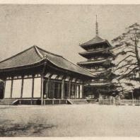 45. Пагода и восточное Кондо храма Кофукудзи. XV в.