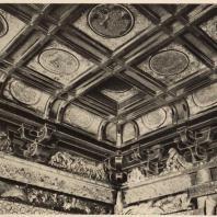 77. Интерьер Хайден синтоистского храма при мавзолее Тосёгу в Никко. XVII в.