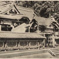 78. Мавзолей Тосёгу в Никко. Ворота Карамон