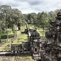 Ангкор. Пхимеанакас, X в. Фото: Richard Lamprecht