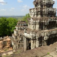 Яшодхарапура. Пном Бакхенг, 893 г. Фото: Peter Musolino