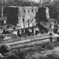 19. Руины дворца Паракрамабаху I. XII в.
