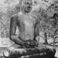 29. Статуя Будды из Анурадхапуры. IV—V вв.