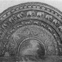 44. «Лунный камень» перед Вата-да-ге в Полоннаруве. V в.
