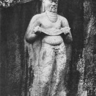 56. Скальная статуя царя Паракрамабаху I (?) в Полоннаруве. XII в.