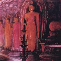 58. Статуи Будды в храме Ридивихара около Курунегалы. XVIII в.
