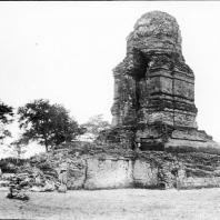 Индонезия, Суматра, Паданг Лавас, храмовый комплекс — бияро Бахал I, фотография 1930-х гг.