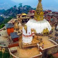 Катманду. Ступа Сваямбунатх (Swayambhunath Stupa), III в. до н. э. Реставрирована в VII—IX вв.