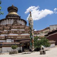 Гьянтзе. Чортэн-гоман. Середина XV в.. Тибет. Фото Rita Willaert